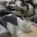 Echarpe en laine motif beige